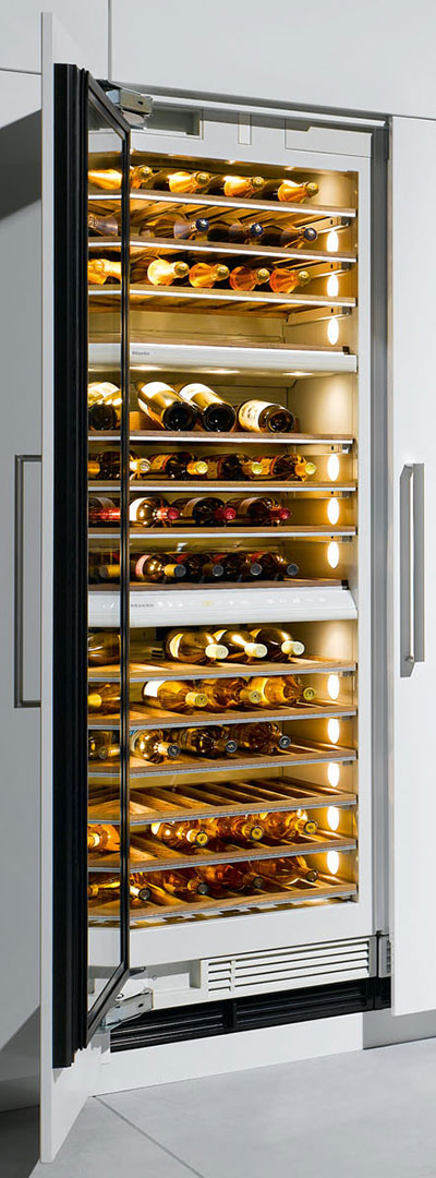 what-to-know-when-buying-a-champagne-refrigerator